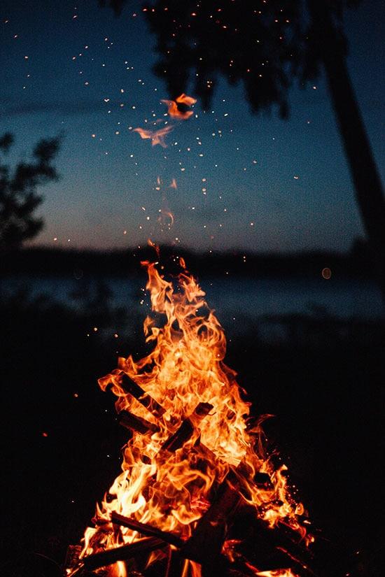 osterfeuer feuer ostern umweltchutz tierschutz